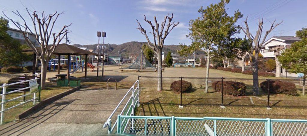 木津川市加茂町の公園・唐岩公園